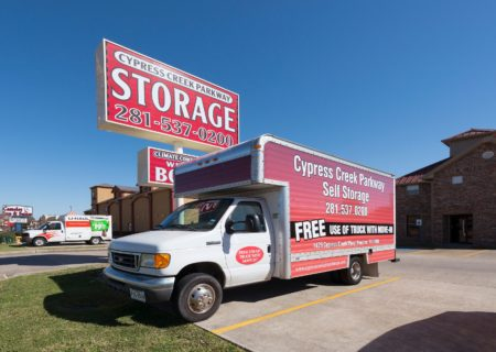 Cypress Creek Parkway Storage in Houston, TX.